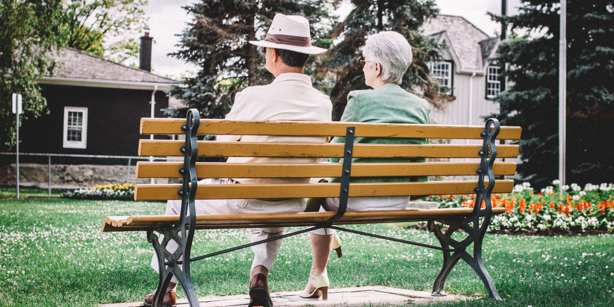 Experiencing Early Signs of Dementia